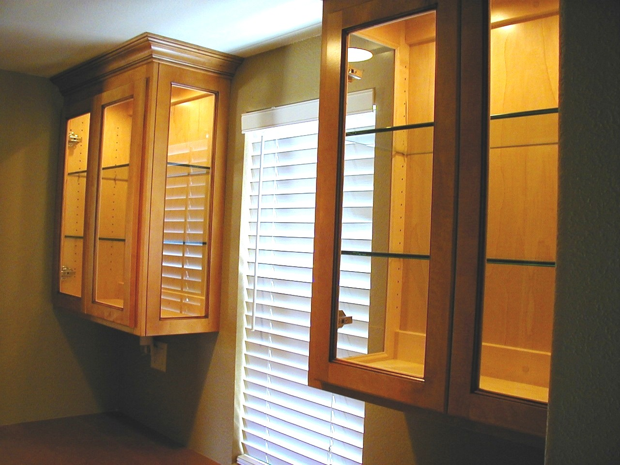 glass upper cabinets