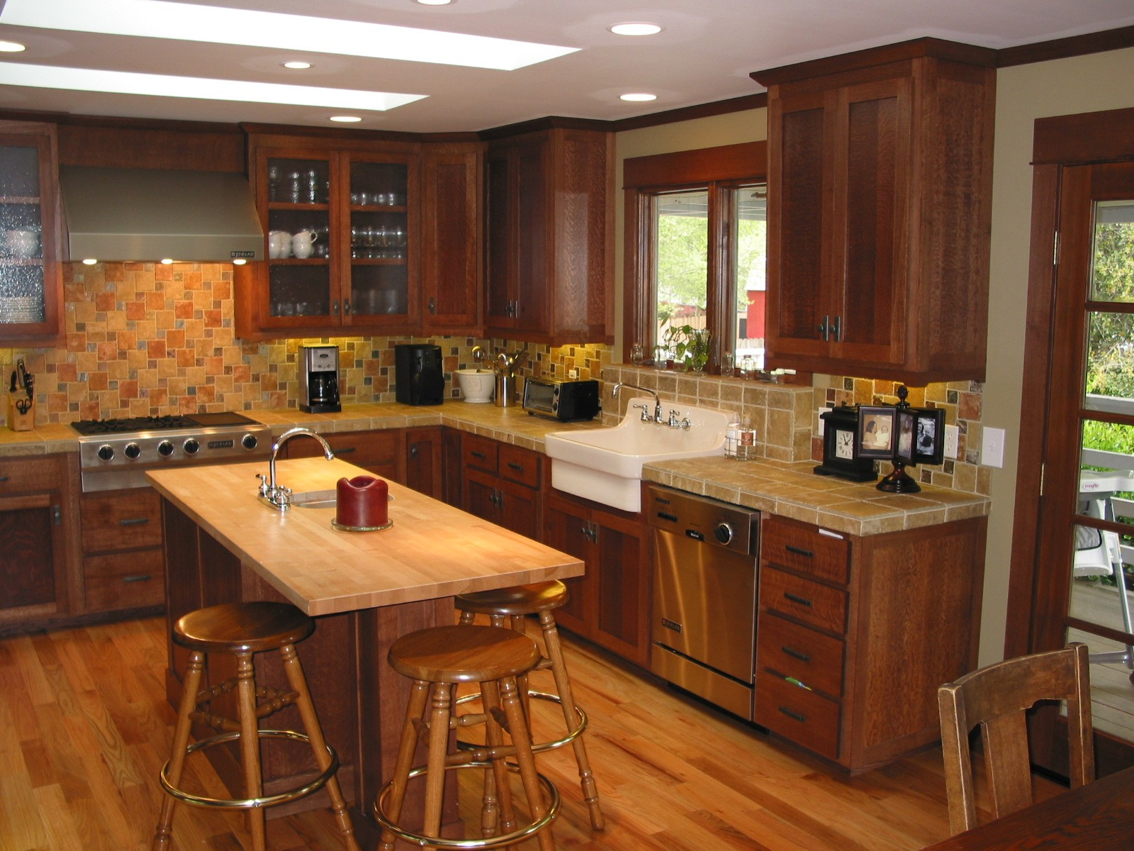quarter sawn oak-kitchen-2
